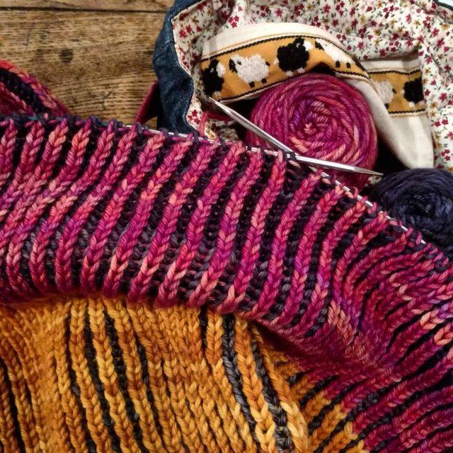 Ici a tricote au LU avec letricothedumardi ! Le nouveauhellip